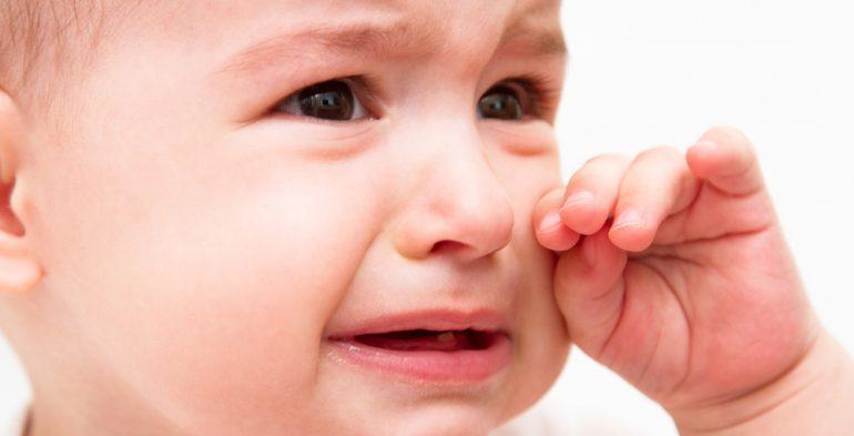 نتيجة بحث الصور عن بكاء الطفل